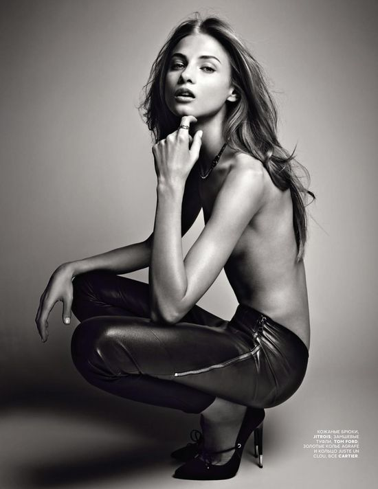 Anna Selezneva by Patrick Demarchelier Publication – Vogue Russia May Photography – Patrick Demarchelier Model – Anna Selezneva Stylist – Ekaterina Mukhina