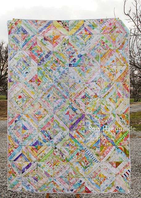 String Quilt - Vintage Linens, via Flickr.