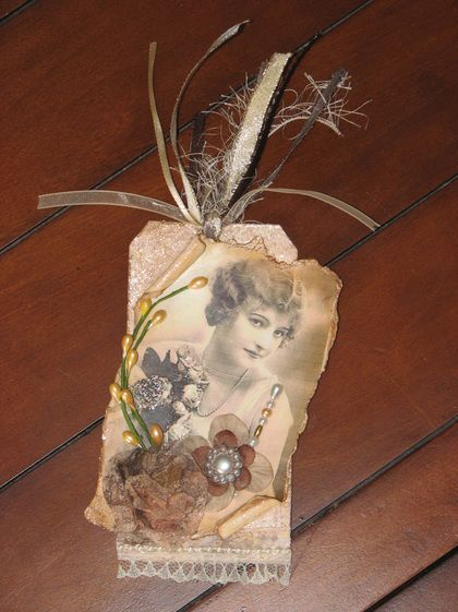 Vintage woman tag for scrapbook layout