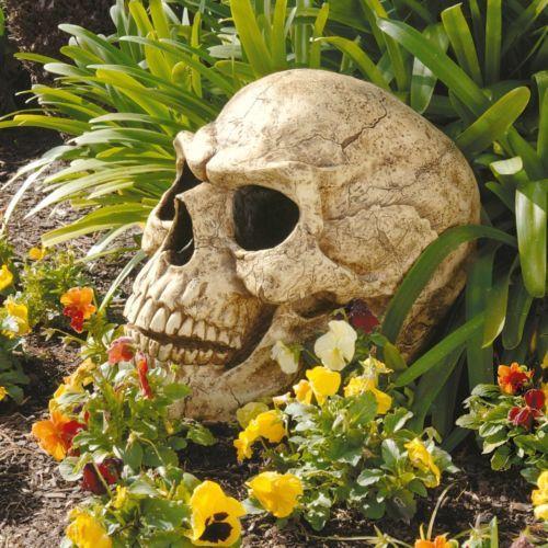 Love this giant skull for halloween! Gothic Giant Human Skull Sculpture Halloween Prop Home Garden Decor