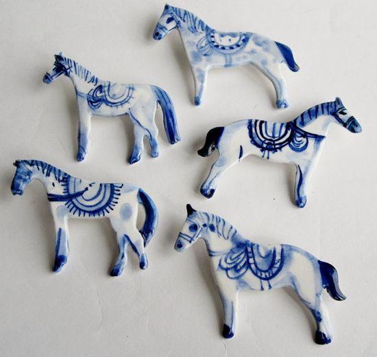 Horses - Handpainted Porcelain brooch