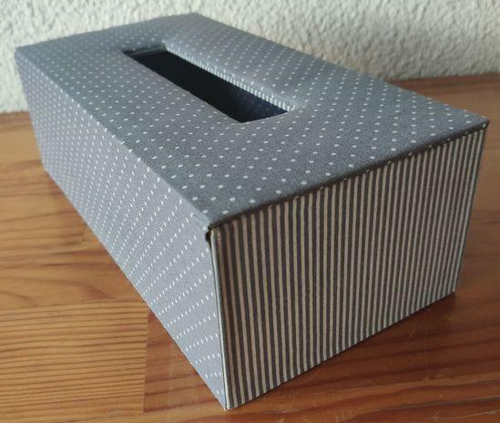 Boîte à mouchoirs brodée : fiche technique - Dom bricole ...