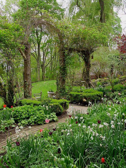 Gardens:  Large garden arch.