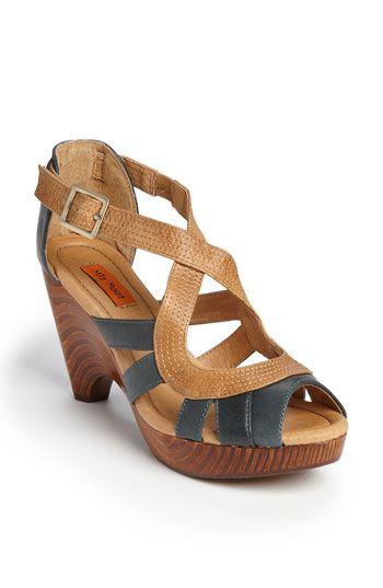 miz mooz petra sandal