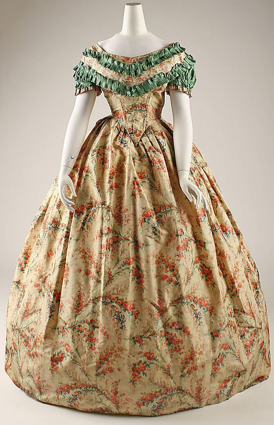 Dress 1860, American, Made of silk
