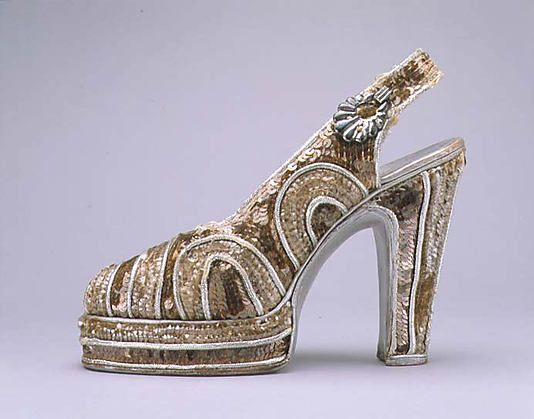Shoes - 1947 - Leather, plastic, metallic thread - @Mlle