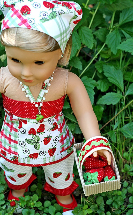So Cute! American Girl Doll 5 pc Strawberry Patch by TallulahSophieToo made using patterns from www.libertyjanepa...