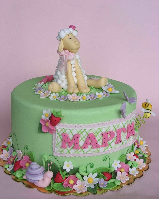 Pretty Lamb cake by bubolinkata, via Flickr