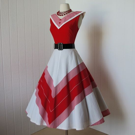 1950s chevron dress- love to pick up new uses of stripes...    Cute