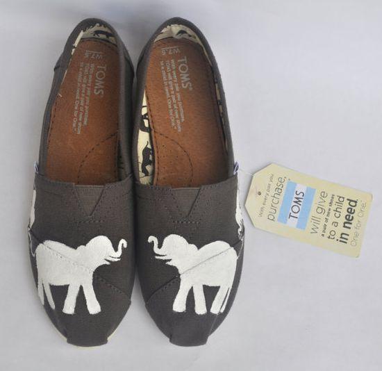 Elephants shoes Indian elephant flat shoes Elephant gifts womens shoes Elephant print women shoes Elephant shoes Women/'s shoes