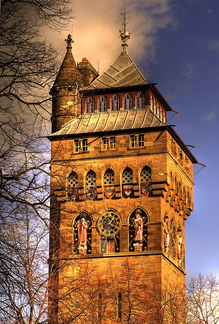 Cardiff Castle by -terry-, via Flickr