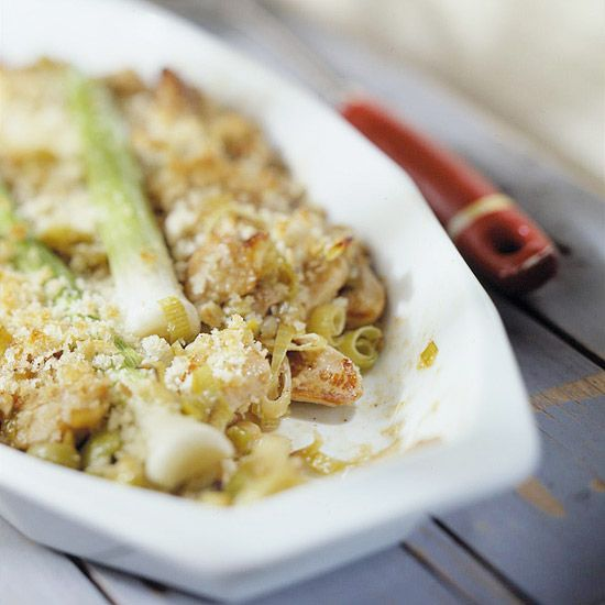 A delicate cream-and-wine sauce makes this Chicken-Leek Casserole sing.