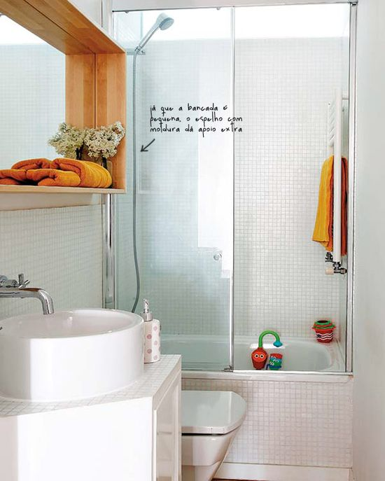 The charm of a small bathroom. #decor #interior #design #casadevalentina