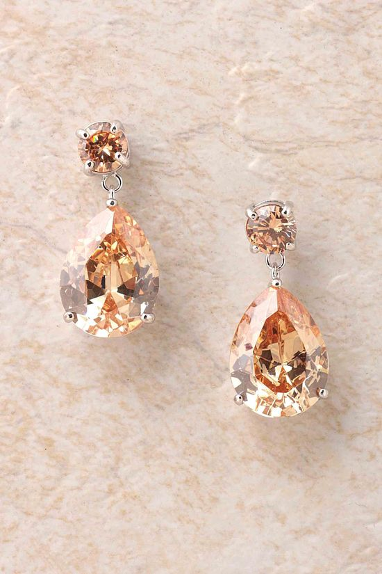 Timeless Champagne Elizabeth Earrings | Emma Stine Jewelry Set