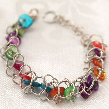 This site has a ton of jewelry tutorials
