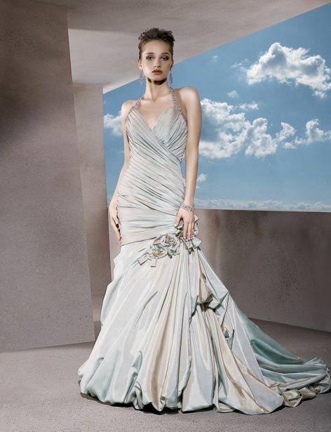 A-line taffeta sleeveless bridal gown,love it!