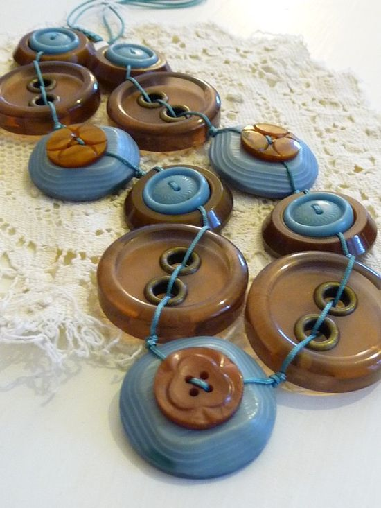 Vintage Buttons Necklace