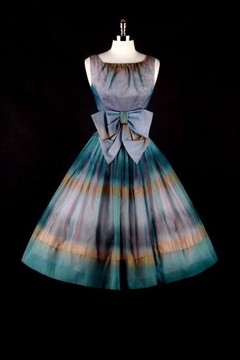 1950's Ombre Dress. Lovely....