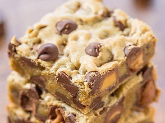 Recette : Blondie au pépites de chocolat et Rolo.