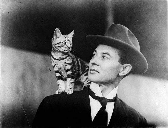 """U.S. aviator John B. Moisant and his cat Mademoiselle Fifi (or Paree, depending on who you ask). Moisant, Fifi and the mechanic Albert Fileux made the first passenger flight across the English Channel on 23 August 1910."" #vintage #cats #pets #Edwardian #man #1910s"