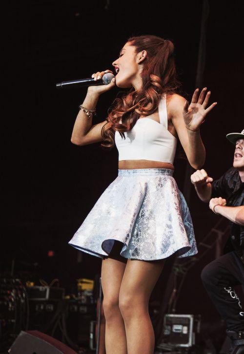 Ariana Grande «3