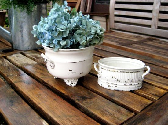 Vintage metal decor painted old white by jensdreamvintage on Etsy, $21.50 #french cottage