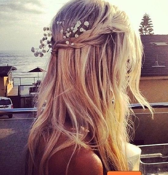 The braided half up style is so pretty.