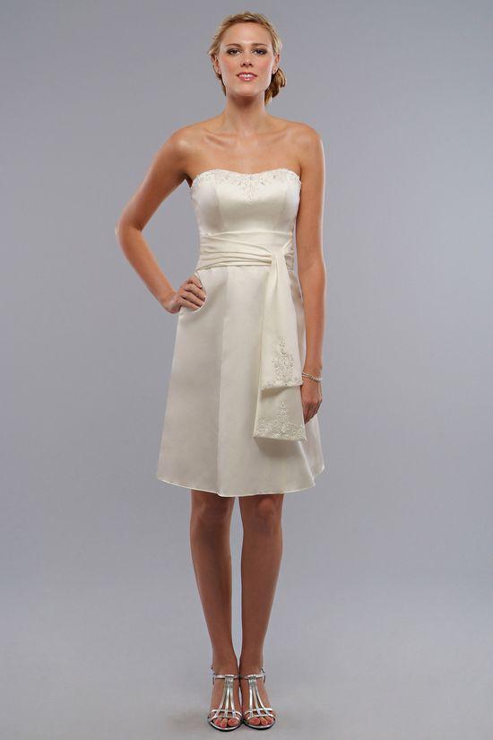 Strapless A-line pretty dress for women