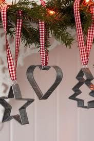 Decorating with cookie cutters as ornaments.