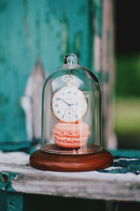 wedding decor under a bell jar // photo by Renee Nicole Design + Photography // styling by One Stone Events // view more: ruffledblog.com/...