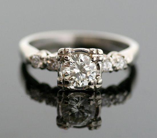 Vintage Engagement Ring... LOVE! ?