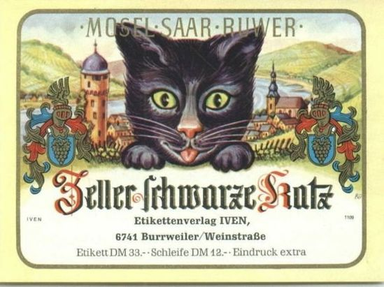 Zeller Schwarze Katz, Black cat wine.