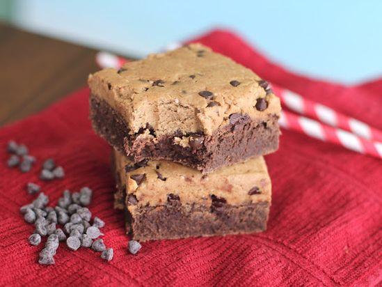 Healthy Cookie Dough Brownies by desseertswitihbenenfits #Brownies #Healthy #Cookie_Dough