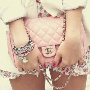 Chanel purse. #pink #perfect #girly