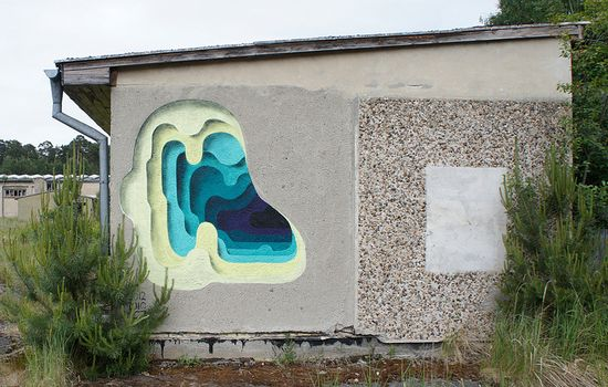 Surprising Layers of Color Revealed on Urban Walls by 1010