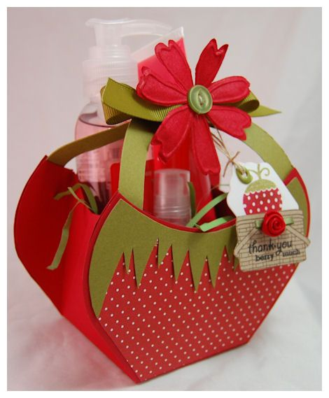 strawberry gift box - bjl