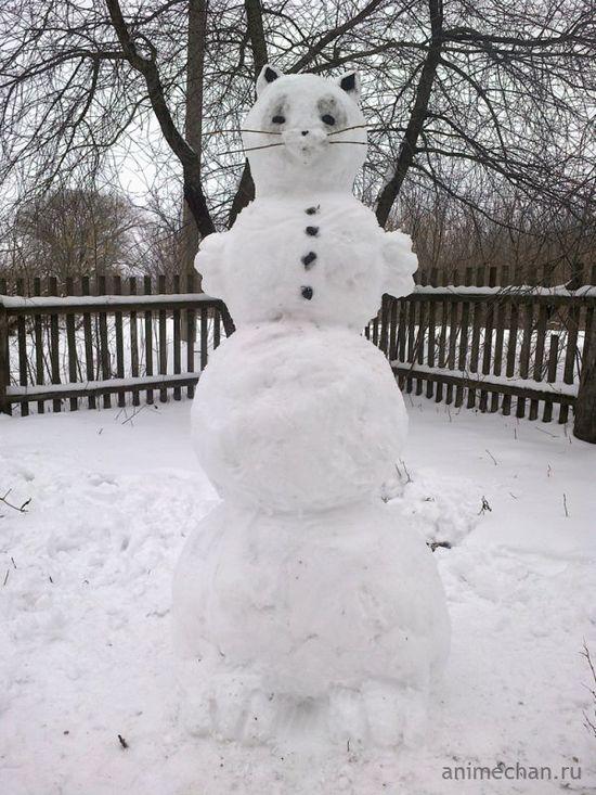 Cat snowman