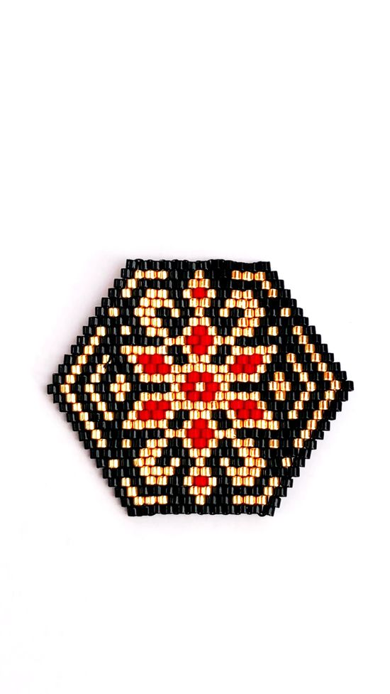 Brick stitch pattern to create earrings, pendant, brooch or bracelet- your choice! Available at SplendidBeads's Etsy Shop