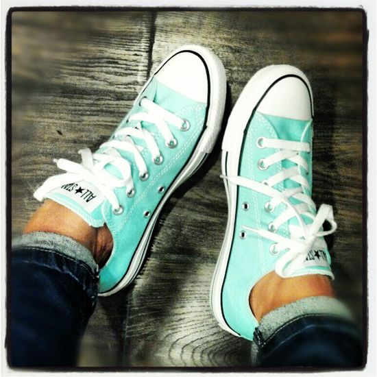 Tiffany blue converse.