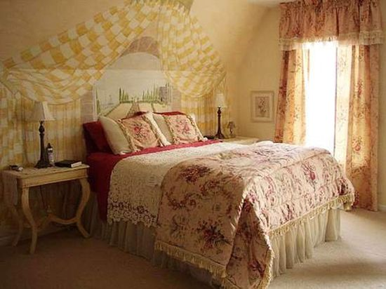 Romantic Style Bed Room Decorating Ideas