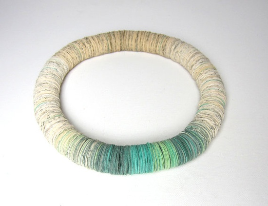 ooak paper necklace made by Dorisse of Paper Statement.