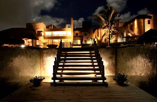Kenoa Beach Spa & Resort