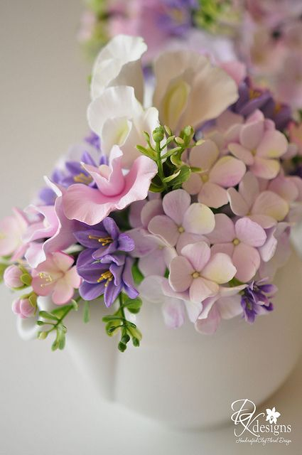 Amazingly lifelike sugar flowers.