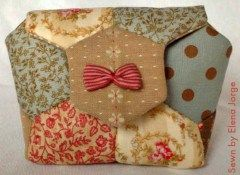 Free Quilted Hexi Pouch Tutorials