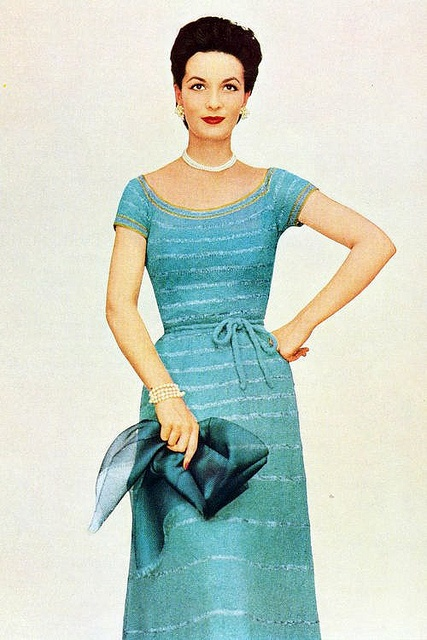 One of my very favourite colours used as a beautiful 1950s knit summer ware dress. #vintage #fashion #1950s #turquoise #blue #knit #knitting #dress