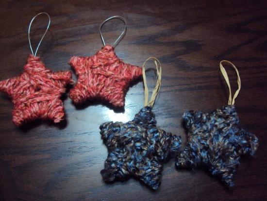 wooly star ornament cardboard yarn and hot glue great idea!!!
