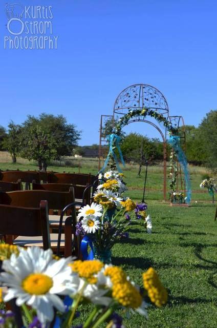 Country Wedding Ideas #country #weddingideas