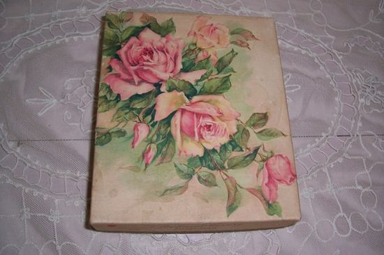 VINTAGE EMBOSSED PINK ROSES LITHOGRAPH STATIONERY BOX