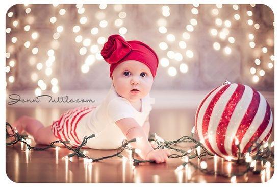#Christmas holiday baby photo ideas.