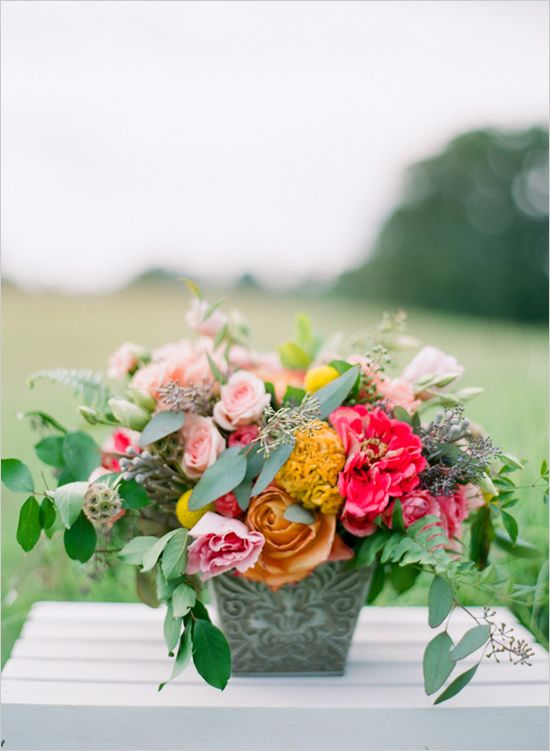 pink and peach floral arrangement